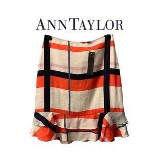 NWT Ann Taylor Pencil Skirt w/ Ruffle Hem Sz 00P